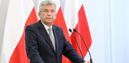 """Jeden z trzech """"kandydatów"""" PiS nie powalczy o Warszawę. Kaczyński woli tego, co przypomina Dudę?"""