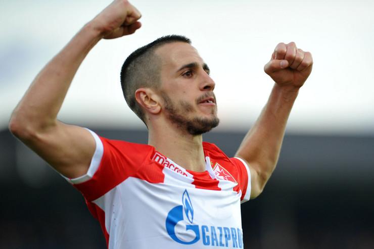 FK Mladost, FK Crvena zvezda