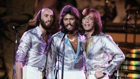 Barry Gibb upamiętni braci na koncertach
