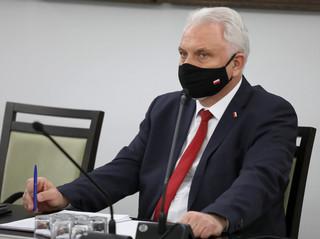III fala koronawirusa jest już w Polsce. Dane z niedzieli to wzrost o 1300 zakażeń