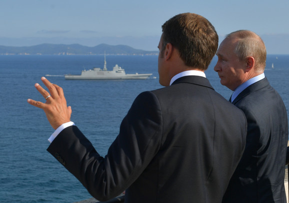 Emanuel Makron i Vladimir Putin