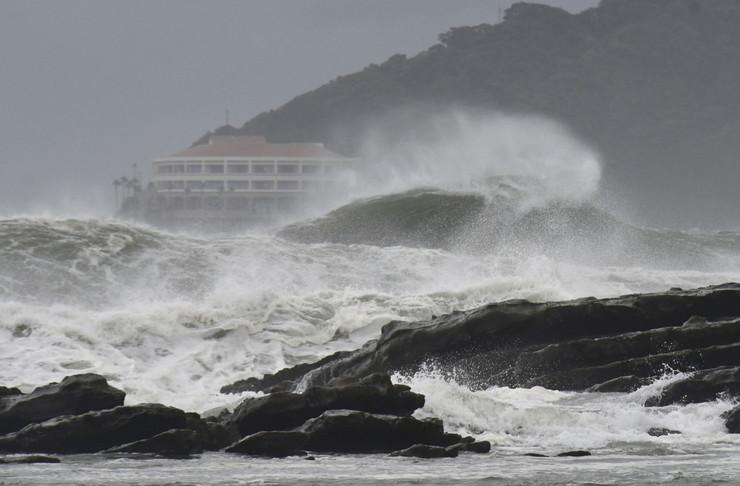 japan tropska oluja krosa
