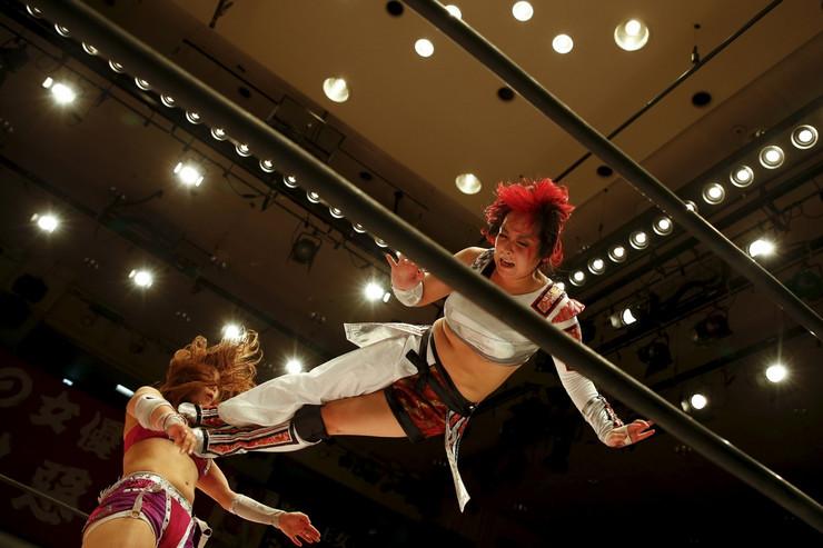 ČUDO OD RVANJA Žene-borci opčinile Japan /FOTO/