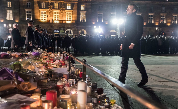 Emmanuel Macron na miejscu tragedii