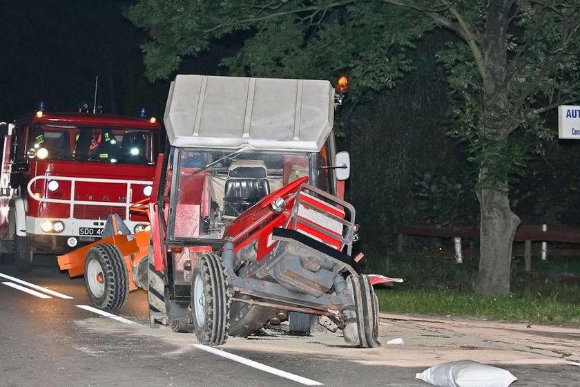 Ciągnik pękł na pół! FOTO