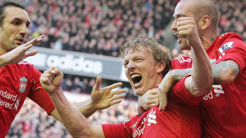 Dirk Kuyt strzelił trzy gole Manchesterowi United