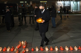 Rocznica stanu wojennego. Duda na Placu Piłsudskiego, Morawiecki przy grobie Przemyka