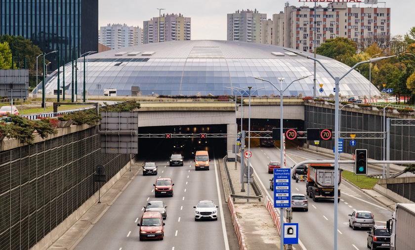 Wjazd do tunelu w Katowicach od strony Chorzowa.