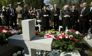 Kaczyński: Odsłonięcie tablicy krokiem do zwycięstwa prawdy, pamięci, Polski
