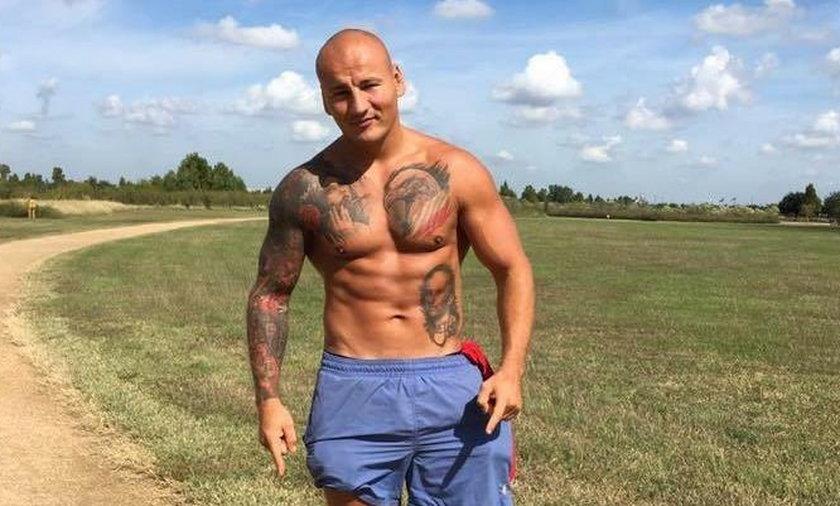 Niebezpieczny spacer polskiego boksera