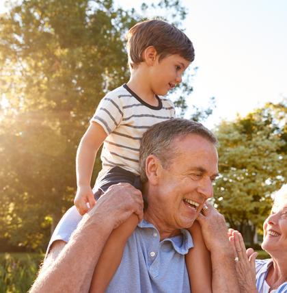 Darauf sollten Grosseltern bei der Enkelbetreuung achten