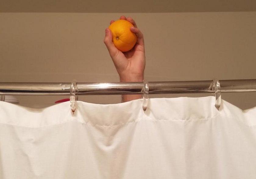 Na czym polega Shower Orange Challenge?