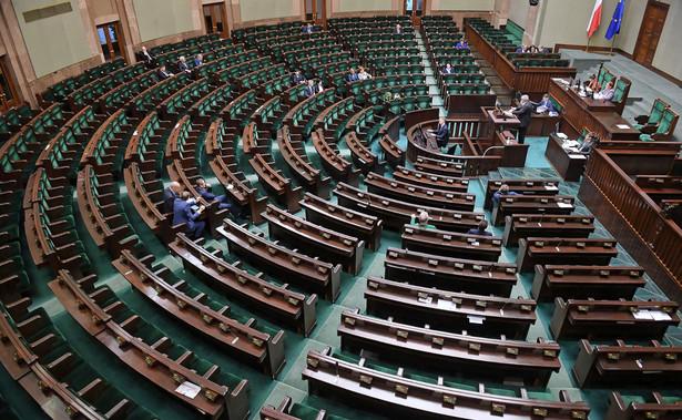 """""""Wszystko wskazuje na to, że będzie dodatkowe posiedzenie Sejmu i będzie dotyczyło nowej ustawy, która przygotował rząd"""""""