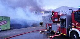 Pożar w Wieruszowie. Płonie fabryka mebli