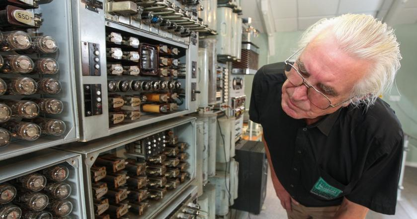 Maszyny mogą pomóc w rozkręceniu znacznie gorszego kryzysu niż ten z 2008 r. Na zdjęciu: Najstarszy działający komputer na świecie Harwell Dekatron (aka WITCH)
