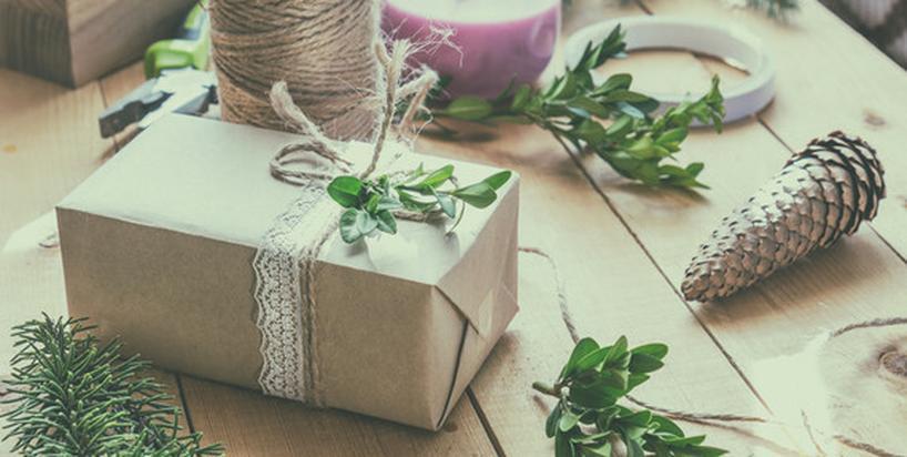 Chroń przyrodę w święta: 7 pomysłów na prezenty w duchu eko