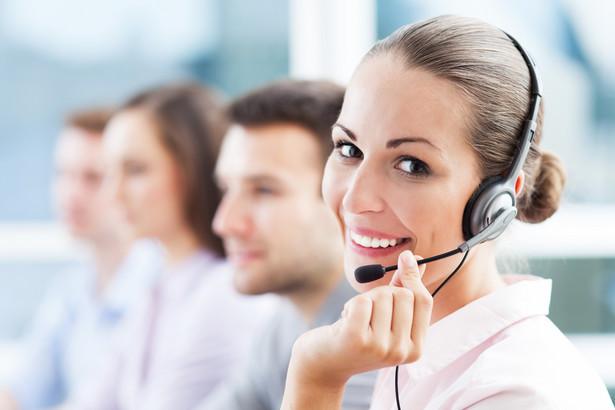 Każdy z operatorów stosuje inną taryfę, niektórzy stosują podział na numery, za które płacimy oprócz połączenia za każdą minutę również tzw. opłatę za inicjację połączenia (np. 0,28 zł) a zdarzają się i takie taryfy, że płacimy tylko opłatę jednorazową.