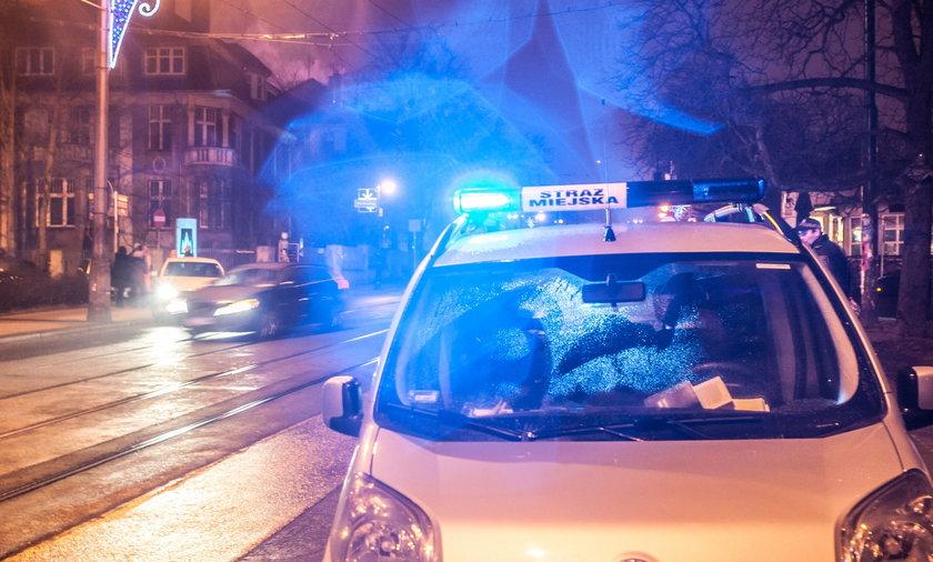traż miejska polowała na kierowców pod operą