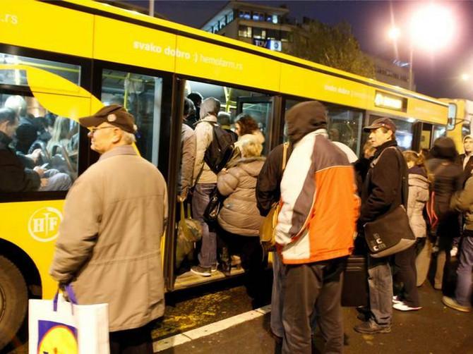 Kašljanje u gradskom prevozu