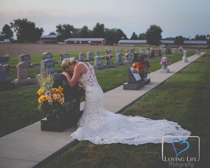 Slika na groblju