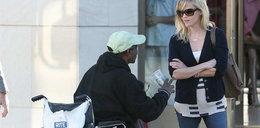 Witherspoon pomaga potrzebującym