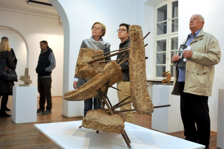 Izložba skulptura Olge Jevrić u Užicu