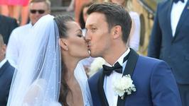 Tort na weselu Agnieszki Radwańskiej i Dawida Celta był ogromny. Mamy zdjęcia