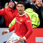 """""""Old Traford"""" u ekstazi a on MRTAV HLADAN: Ronaldov pobedonosni gol bacio u trans sve osim JEDNOG NJEGOVOG SAIGRAČA, svi komentarišu ovu reakciju!"""