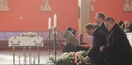 Hofman: Obrzydliwy lans Tuska na pogrzebie
