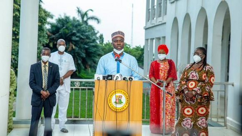 Governor Seyi Makinde says 112 patients have recovered from coronavirus in Oyo state. [Twitter/@seyiamakinde]