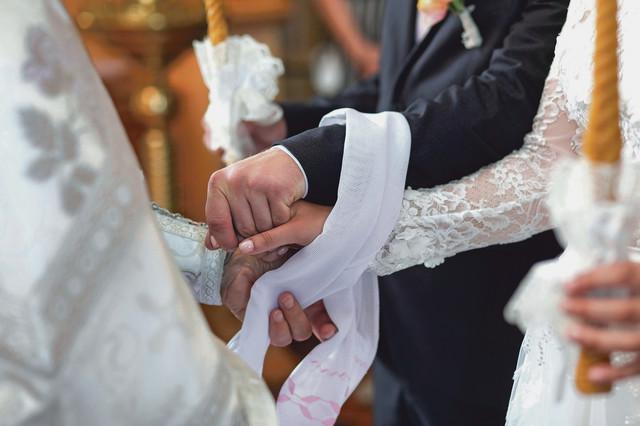 Veliki broj venčanja je otkazan ili odložen, a nije se desio ni bebi-bum