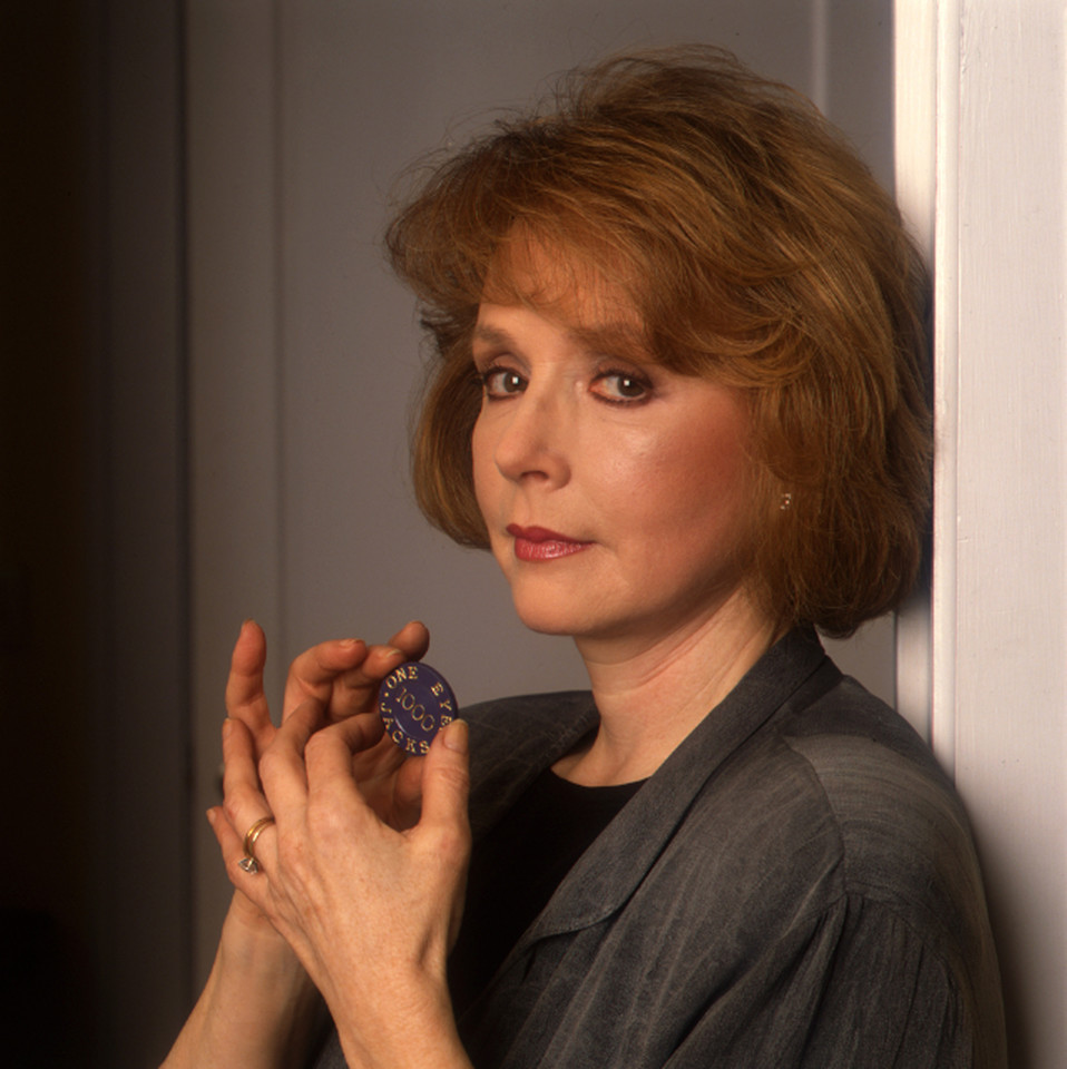 Piper Laurie/Catherine Martell