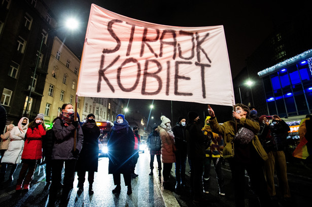 Czy opublikowanie wyroku oznacza koniec aborcji z Polsce?