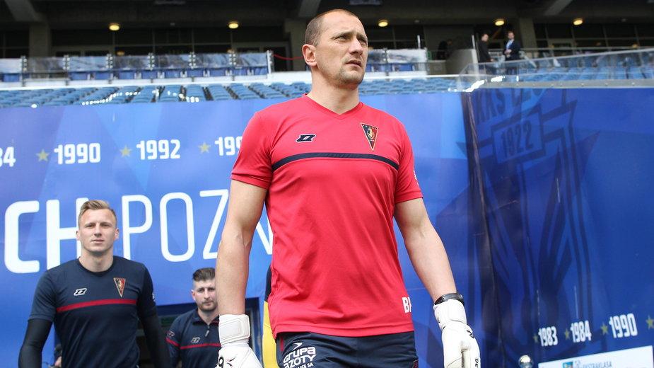 Boris Peškovič przez kilka ostatnich lat pracował jako trener bramkarzy Pogoni Szczecin. Wcześniej występował w tym klubie. W jego barwach rozegrał 33 mecze w ekstraklasie.