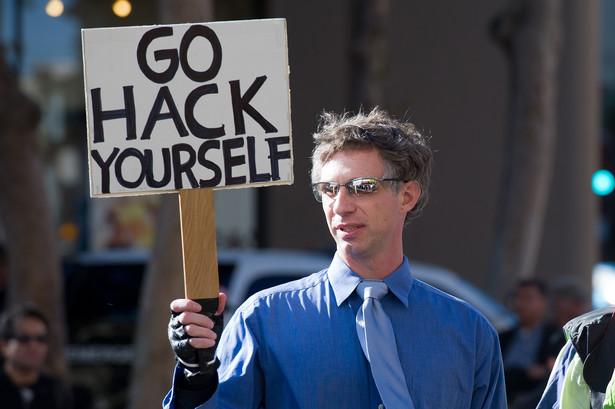 Protesty grupy Anonymous