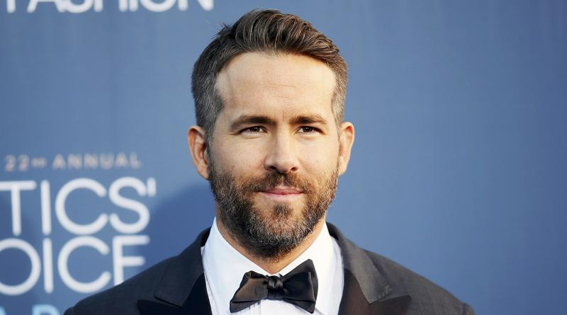 Ryan Reynolds arrives at the 22nd Annual Critics' Choice Awards in Santa Monica