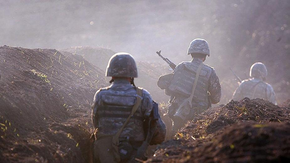 Armeńscy żołnierze przy granicy z Azerbejdżanem.