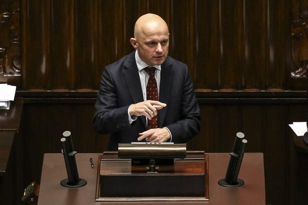 """Jeśli resort Szałamachy odda BGK Mateuszowi Morawieckiemu, straci """"zbrojne ramię"""" i dostęp do wolnych środków rządowych agencji"""
