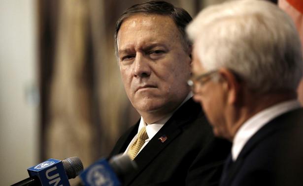 """Sekretarz stanu USA Mike Pompeo odwołał podróż zagraniczną, aby """"śledzić sytuację w Iraku"""""""
