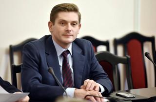 Kownacki zapowiada: 150 tysięczna armia i dłuższa służba w wojsku