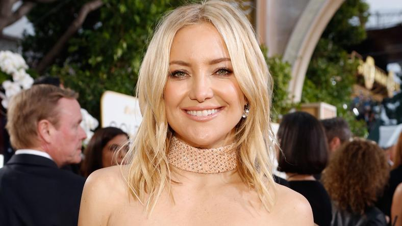 Kate Hudson Sings AND Does Pilates In This Video