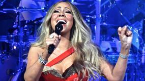 Wydekoltowana Mariah Carey na świątecznym koncercie