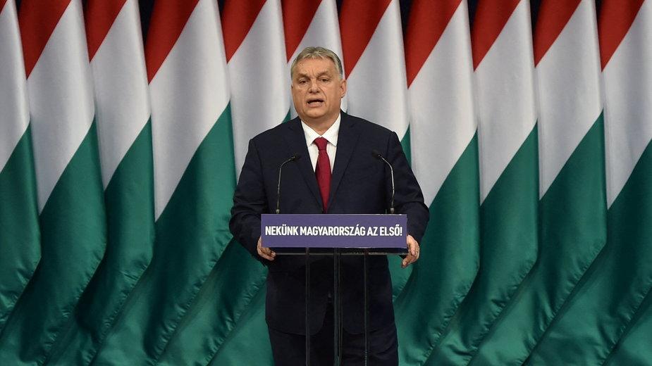 Viktor Orban zapowiedział referendum w reakcji na postępowanie Brukseli