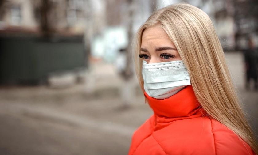 W Dzienniku Ustaw opublikowano w piątek rozporządzenie Rady Ministrów w sprawie ograniczeń, nakazów i zakazów związanych z epidemią.