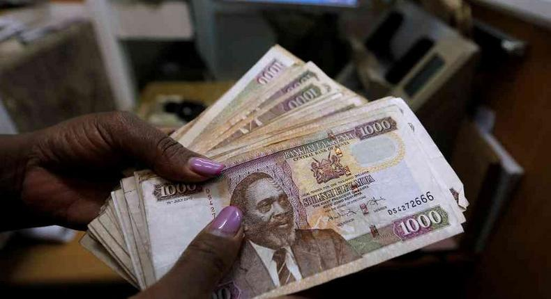 Kenya's Safaricom subscribes borrowed a record Sh6.2 billion ($620 million) in just one month on the Safaricom's Fuliza overdraft service.