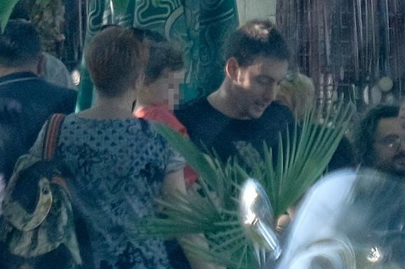 Petar sa sinom