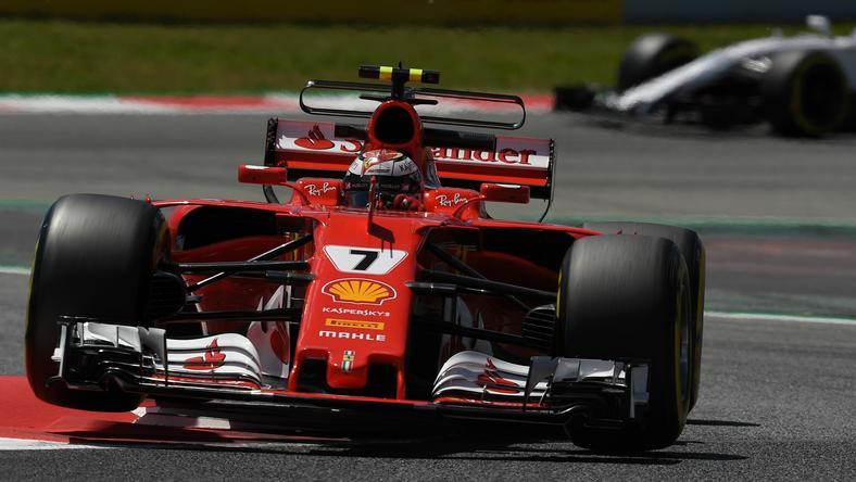 GP Hiszpanii: zawodnicy Ferrari najszybsi przed kwalifikacjami