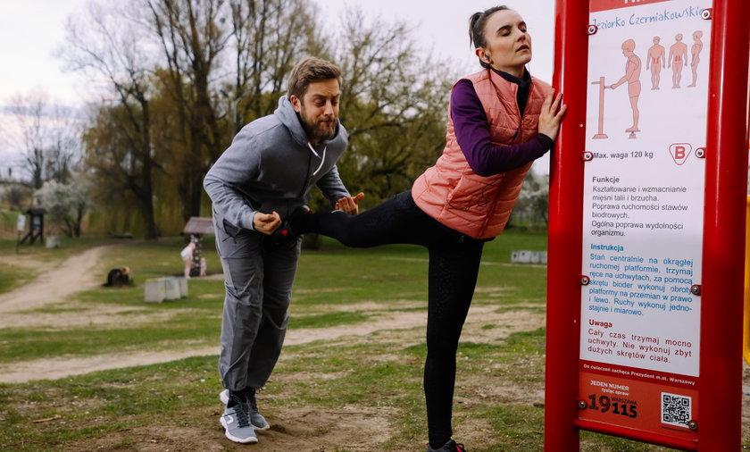 Bruno spotka w parku kobietę, która zrobi na nim ogromne wrażenie.