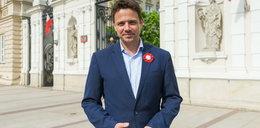 Kandydat na prezydenta Warszawy rusza w miasto z... ławką
