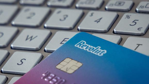 Jak wskazało w czwartkowej informacji Biuro Rzecznika Finansowego, rzecznik coraz częściej interweniuje w sprawie utraty środków przez klientów banków w wyniku nieautoryzowanych transakcji.